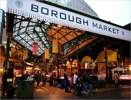 Nhung khu cho gia re dong khach nhat the gioi hinh anh 9 Chợ Borough, London, Anh: Bạn sẽ có cảm giác như trở về quá khứ ở khu chợ này. Đây là một trong những khu chợ ẩm thực lâu đời và lớn nhất nước Anh. Ảnh: Telegraph.co.uk