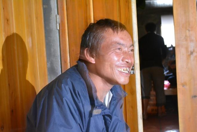 Anh Di – porter của chúng tôi trong chuyến leo Phan ngày hôm đấy.