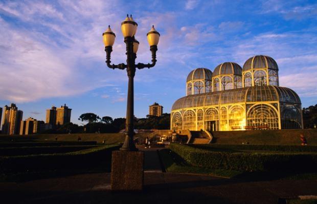 10 noi ngam hoa anh dao dep nhat the gioi hinh anh 15 8. Vườn bách thảo ở Curitiba, Brazil. Nằm phía tây nam San Paolo, vườn bách thảo của thành phố Curitiba là nơi có nhiều cây hoa anh đào nhất ở Nam Mỹ.