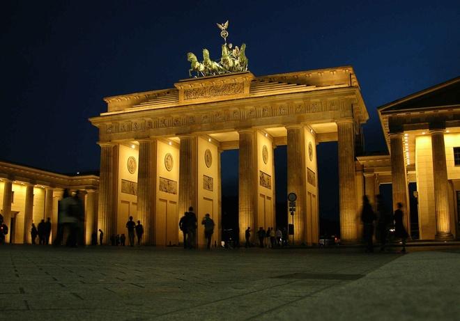 10 diem den chau Au gia re cho du lich he hinh anh 8 8. Berlin, Đức  Chi phí rẻ hơn so với năm 2014 là 9%   Giá khách sạn trung bình: <abbr class=