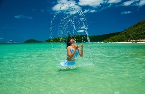 Nam dao Phu Quoc - vien ngoc trai lap lanh nang he hinh anh 10 Nếu muốn có một chuyến giải nhiệt mùa hè ở biển xanh và cát trắng mịn, kết hợp với những địa điểm du lịch nổi tiếng, mua cho mình những món đặc sản thơm ngon thì hãy dành thời gian để chọn lựa Nam đảo – Phú Quốc nhé!