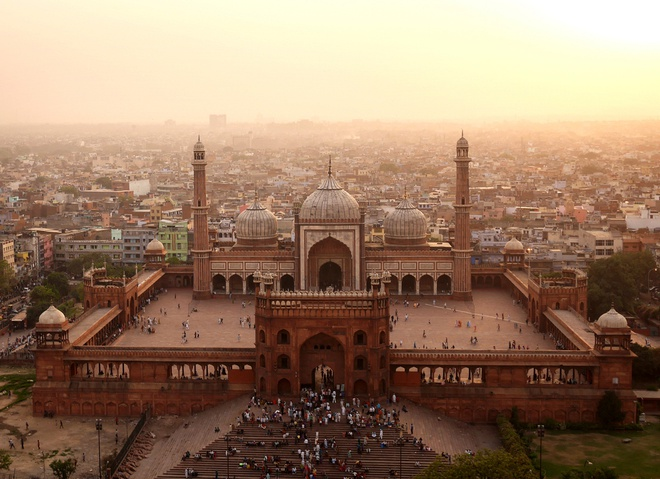 Nhà thờ hồi giáo lớn nhất thế giới ở Jama Masjid, Ấn Độ.