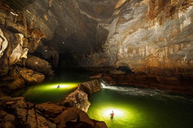 Tour chinh phuc Son Doong co gia 64,5 trieu dong hinh anh 1  Những hình ảnh bên trong hang Sơn Đoòng. Ảnh Ryan Deboodt.