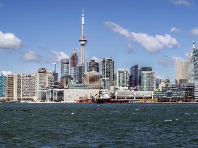 Nhung thanh pho co duong chan troi dep nhat hanh tinh hinh anh 13 13.Toronto, Canada: 2029 tòa nhà cao tầng trên diện tích 629 km2.