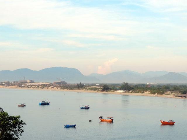 Kham pha ve dep hoang so cua Bai Dai o Nha Trang hinh anh 13 Khung cảnh hoang sơ, chân quê làm nên nét duyên cho Bãi Dài.