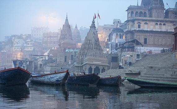 Thanh pho linh thieng Agra trong suong mu hinh anh