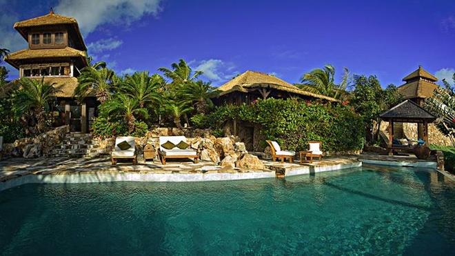 1. Bể bơi ở Necker Island Resort: Thuộc sở hữu của tỷ phú nổi tiếng Richard Branson, khu nghỉ mát này tự hào là một trong những hồ bơi đẹp nhất trong quần đảo British Virgin.