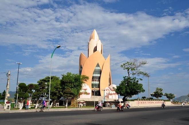 Kết quả hình ảnh cho Quảng Trường Nha Trang