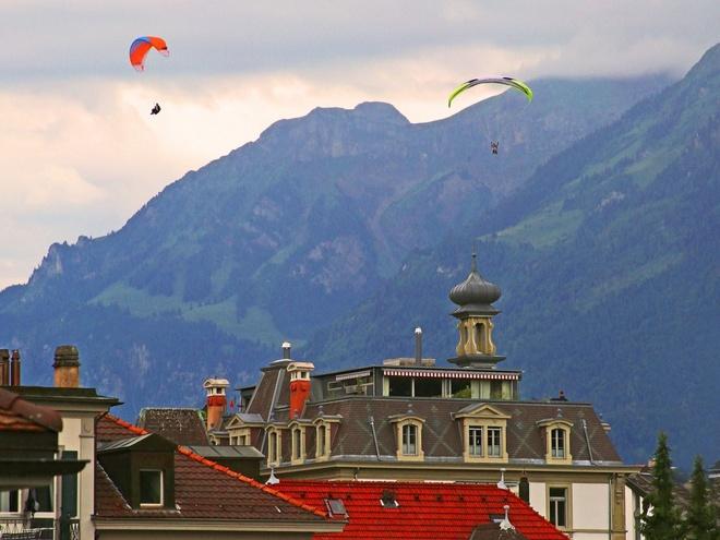 1. Thụy Sĩ: Chi tiêu trung bình của mỗi khách du lịch quốc tế là 1882 $.