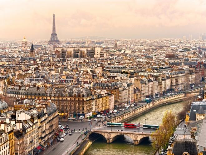 3. Pháp: Chi tiêu trung bình của mỗi khách du lịch quốc tế là 669 $.