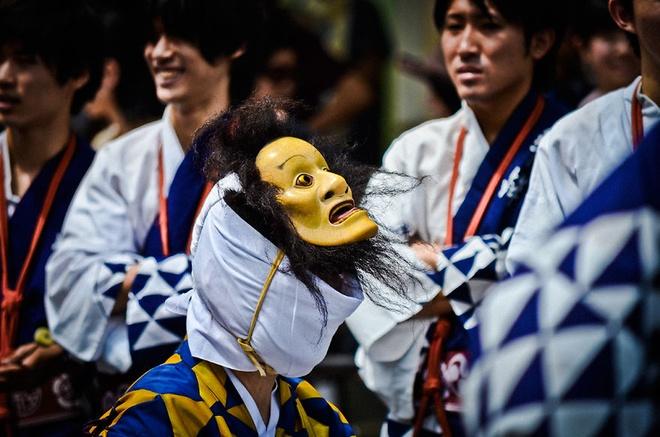 Lễ hội Gion Matsuri: Gion Matsuri là lễ hội có lịch sử hơn 1100 năm được bắt nguồn từ trình tự của lễ tẩy trần để làm dịu suy nghĩ gây hỏa hoạn, lũ lụt và động đất của các vị thần.