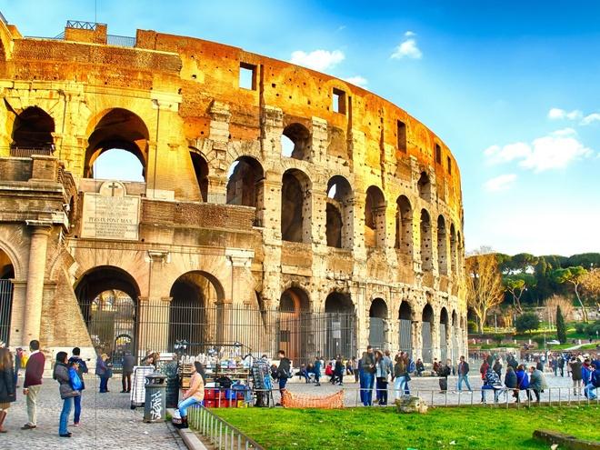 9. Italy: Chi tiêu trung bình của mỗi khách du lịch quốc tế là 920 $.