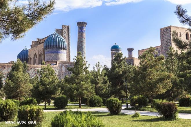 4 di san ngan nam tuoi cua Uzbekistan hinh anh