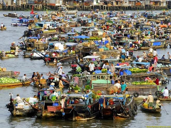 Tour 4 ngay kham pha ve dep cua mien Tay hinh anh 4 Chợ nổi Cái Răng. Ảnh: Entsala.com.