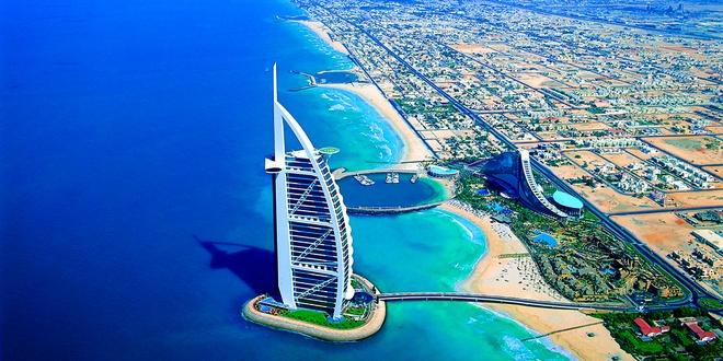 Tour tron goi kham pha ve dep Abu Dhabi - Dubai hinh anh 9 Ngày 4. Dubai – Abu Dhabi: Buổi sáng du khách sẽ tới tham quan khách sạn 7* Burj Al Arab, tại đây bạn sẽ thưởng thức tiệc buffet với những món ăn ẩm thực hấp dẫn. Ảnh: Edaraplus.com.