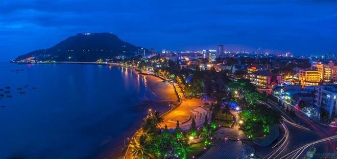 Thành phố Vũng Tàu tuyệt đẹp về đêm. Ảnh: Datvangtphcm.com.