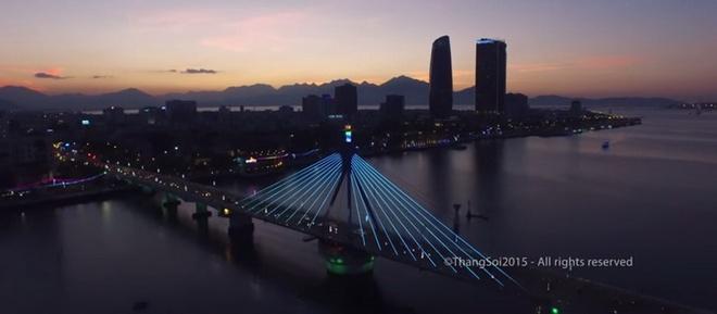 Canh dep Viet Nam nhin tu flycam hinh anh 1 Một số cảnh đẹp Việt Nam nhìn từ trên cao. Ảnh chụp từ clip.
