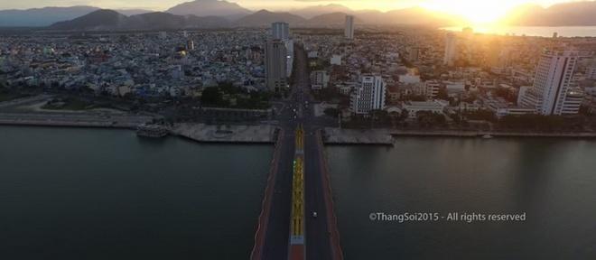 Canh dep Viet Nam nhin tu flycam hinh anh 3 Một số cảnh đẹp Việt Nam nhìn từ trên cao. Ảnh chụp từ clip.