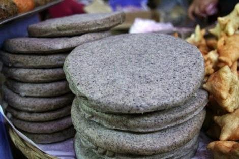 Thuong thuc dac san Ha Giang mua tam giac mach hinh anh 1 Bánh Tam Giác Mạch Ảnh:Hagiangonline.
