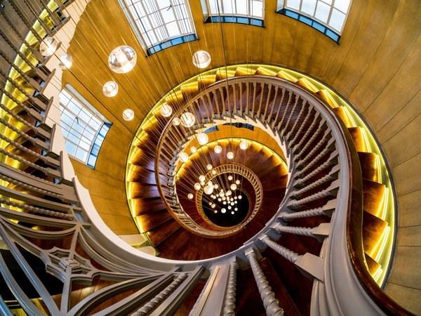 Chiem nguong nhung cau thang dep nhat the gioi hinh anh 1 Cầu thang xoắn ốc tuyệt đẹp trong một tòa nhà ở London, Anh.