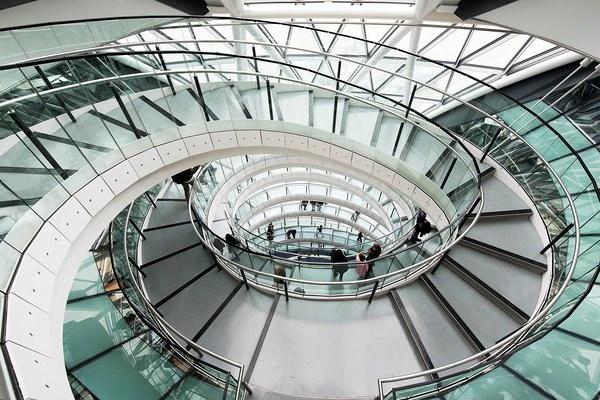 Chiem nguong nhung cau thang dep nhat the gioi hinh anh 11 Cầu thang hiện đại ở London, Anh.