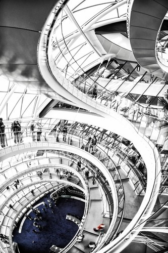 Chiem nguong nhung cau thang dep nhat the gioi hinh anh 13 Choáng ngợp với hệ thống cầu thang trong một tòa nhà ở London, Anh.
