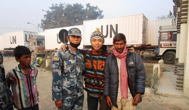 Bi quyet xin visa cua chang trai di bui khap chau A hinh anh 1 Từng gặp rủi ro đánh mất hộ chiếu tại biên giới Nepal - Ấn Độ, nhưng Đức đã may mắn tìm lại được.