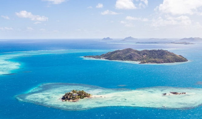 10 diem den an toan nhat neu... The chien thu ba no ra hinh anh 1 1.Fiji: Đảo quốc Fiji nhỏ bé nằm giữa Thái Bình Dương rộng lớn và cách biệt với những kẻ có ý định lăm le xâm chiếm bên ngoài.  Dân số ít ỏi, không giao thương với bên ngoài và cũng không hề sở hữu bất kỳ tài nguyên khoáng sản nào là những lý do giúp Fiji trở thành nơi trú ẩn an toàn nhất khi có chiến tranh xảy ra.