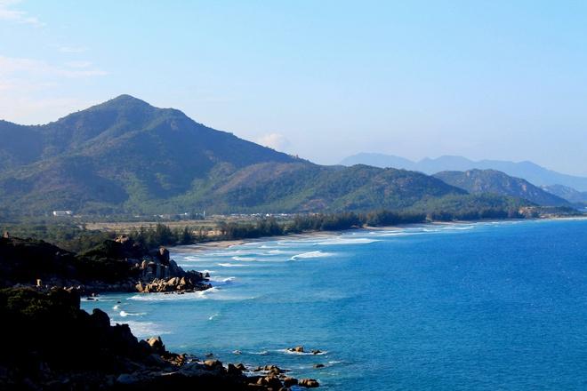 Phong canh ngoan muc tren cung duong ven bien Ninh Thuan hinh anh 15