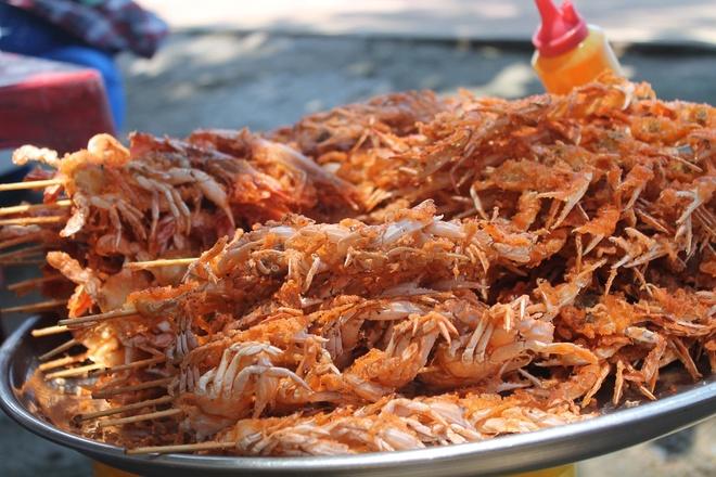 6 diem den ly tuong cho ngay Tet Duong lich gan Sai Gon hinh anh 1 Thưởng thức hải sản bên những mái chòi tranh cạnh bãi biển 30/4 để cảm nhận được sự thư thái và thanh bình . Ảnh: Phước Bình.