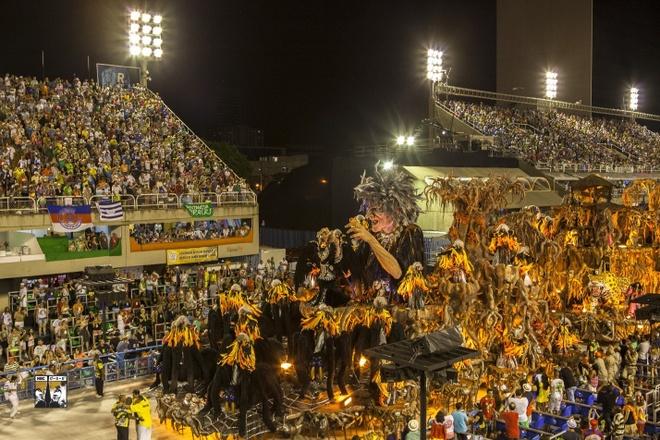 Di Nam My 40 ngay, chuan bi gan mot nam hinh anh 1 Lễ hội Carnival đầy màu sắc ở Rio De Janeiro, Brazil.