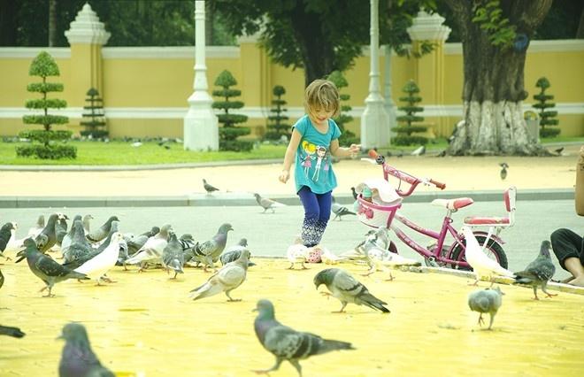 30 gio kham pha Phnom Penh bang xe may hinh anh 2