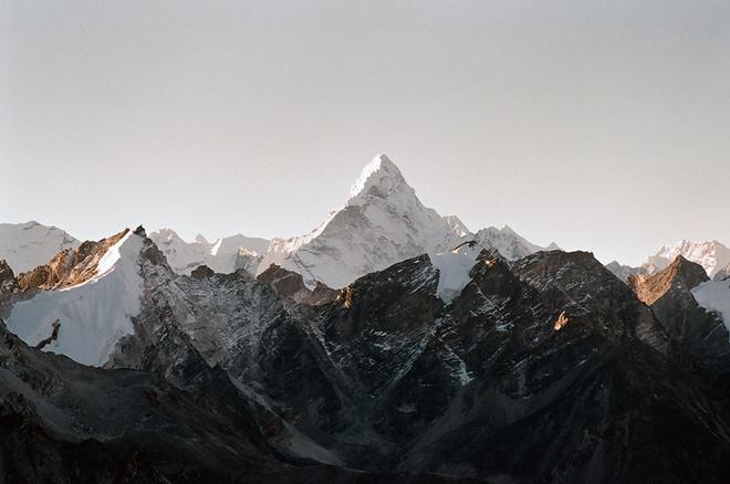 Chinh phuc Himalaya - ve 'noi tru ngu cua tuyet' hinh anh 11