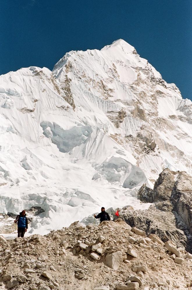 Chinh phuc Himalaya - ve 'noi tru ngu cua tuyet' hinh anh 17