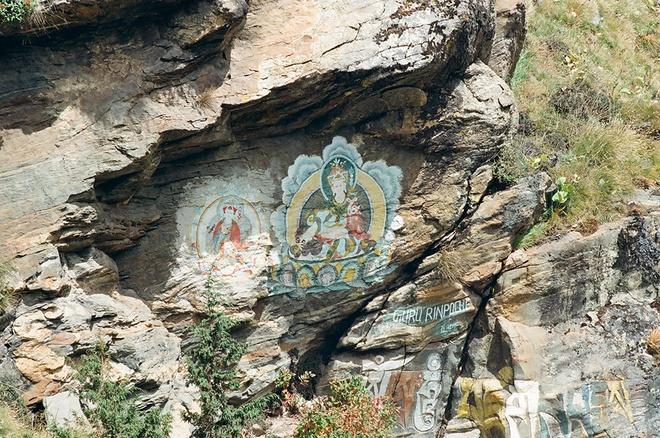 Vung nui Nepal linh thieng voi Phat giao Tang truyen hinh anh 12