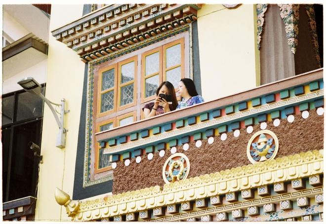 Vung nui Nepal linh thieng voi Phat giao Tang truyen hinh anh 15