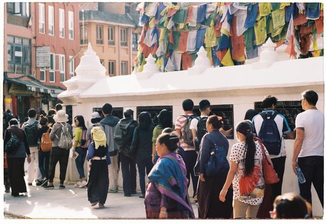 Vung nui Nepal linh thieng voi Phat giao Tang truyen hinh anh 5