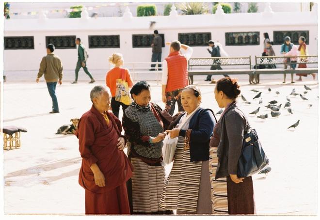 Vung nui Nepal linh thieng voi Phat giao Tang truyen hinh anh 6
