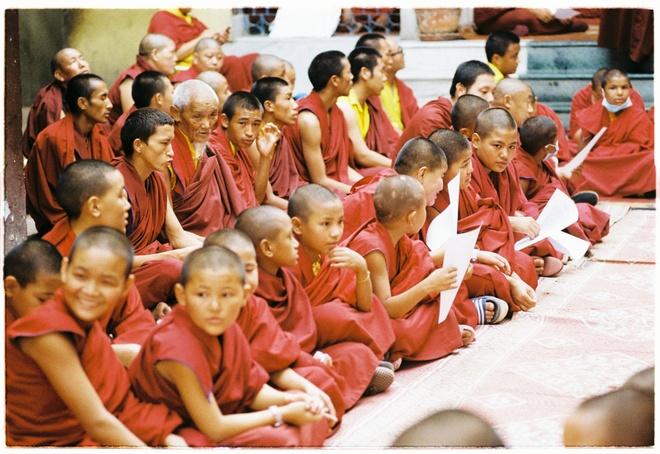 Vung nui Nepal linh thieng voi Phat giao Tang truyen hinh anh 8