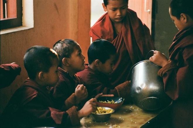 Vung nui Nepal linh thieng voi Phat giao Tang truyen hinh anh 9