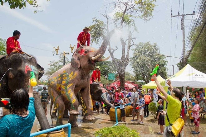 Le hoi Te nuoc Songkran cua Thai Lan hinh anh