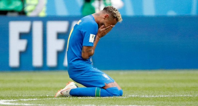 Bung no phut bu gio, Brazil tien Costa Rica roi World Cup hinh anh