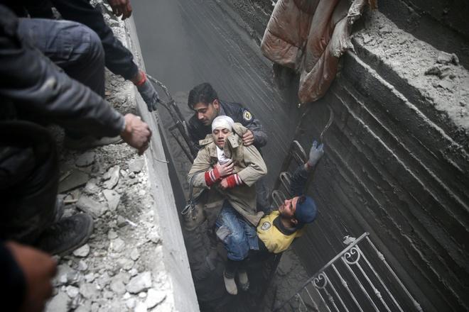 400 nguoi chet vi khong kich o Syria, Nga - My van tranh cai hinh anh