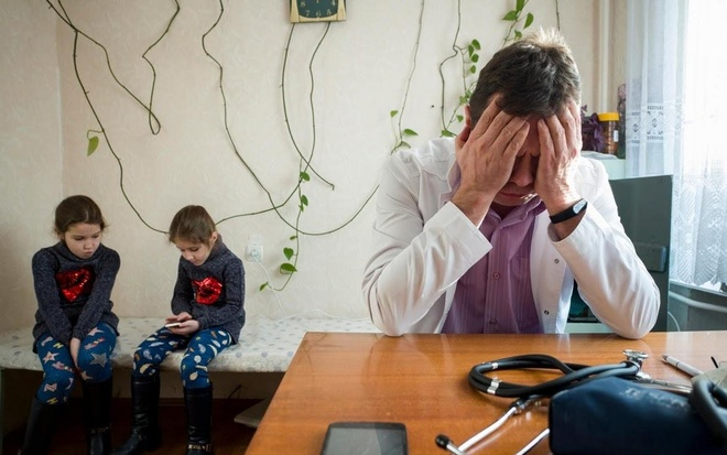 Ukraine: Noi bac si va benh nhan cung chat vat ton tai hinh anh