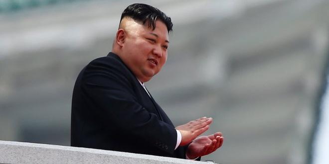 Bloomberg: Kim Jong Un bat ngo tham Trung Quoc hinh anh