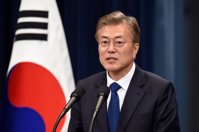 Tong thong Moon: Trump xung dang nhan Nobel Hoa binh hinh anh 1