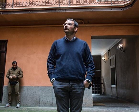 Dieu tra mafia: Phong vien Italy lam ban voi tu than hinh anh