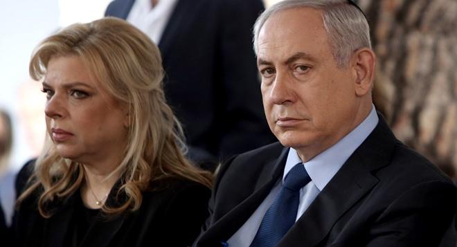 Phu nhan thu tuong Israel bi buoc toi gian lan va boi tin hinh anh 2