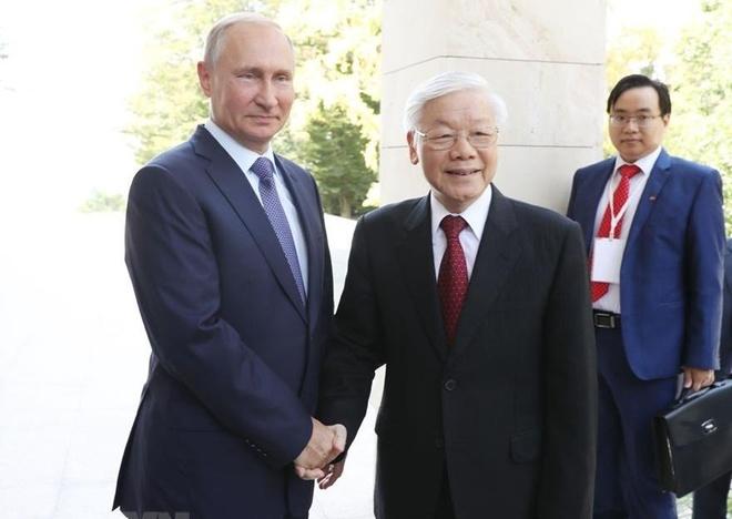 Tong bi thu Nguyen Phu Trong hoi dam voi Tong thong Nga Vladimir Putin hinh anh