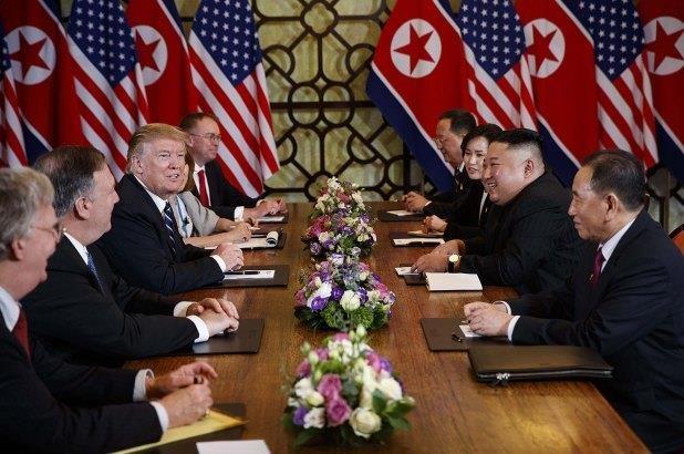 Trump huy bo lenh trung phat Trieu Tien anh 1